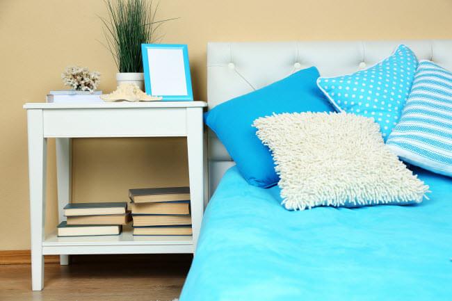 מיטה בטורקיז